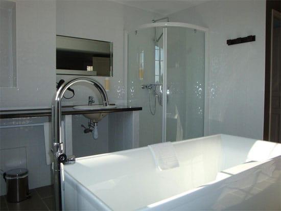 Badkamer-in-accommodatie-in-corsica