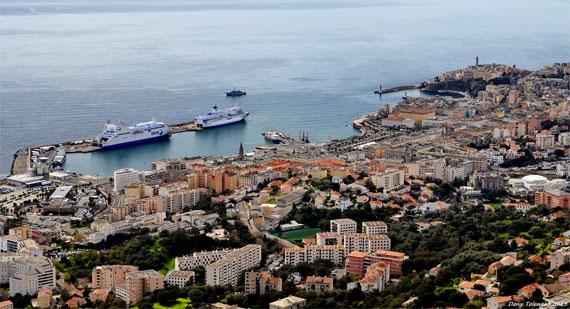 Bastia-van-boven-overzicht-van-de-stad