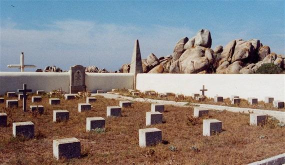 Begraafplaats-Iles-Lavezzi-Semillante