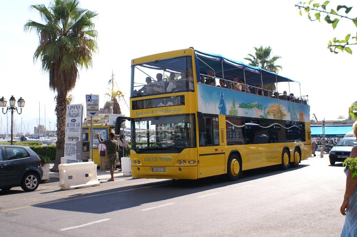 Bus-op-Corsica