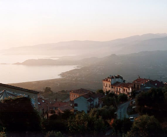 Calcatoggio-vanaf-de-bergen