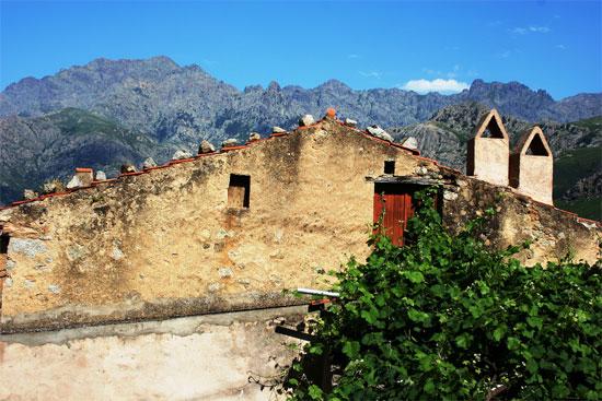 Calenzana-gebouw