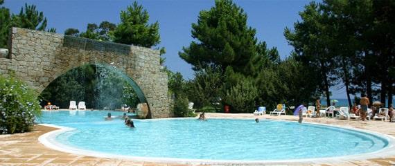 Camping-Perla-di-Mare-zwembad