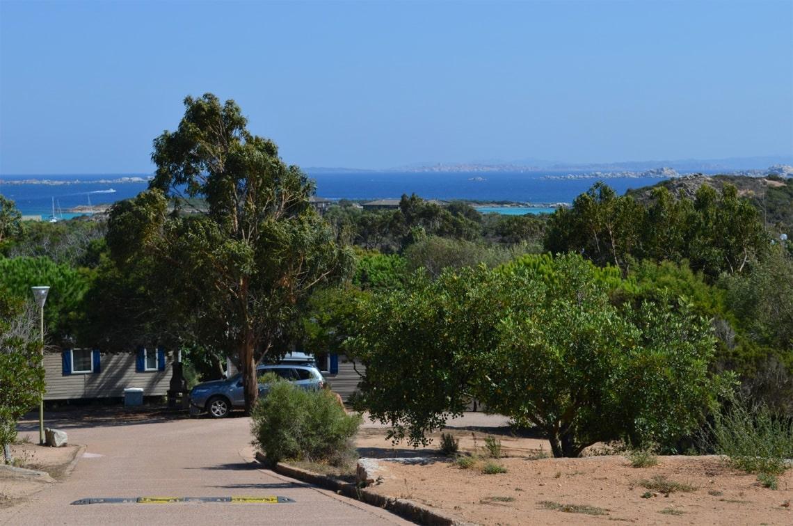 Camping-des-Iles-genieten-van-Corsica-uitzicht