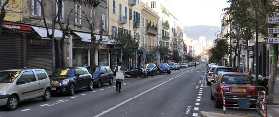 Cours-Napoleon-straat-Ajaccio