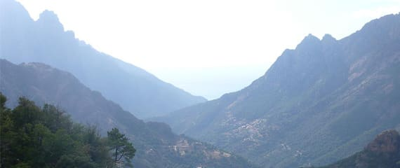 Foret-d-Aitone-Corsica-uitzicht