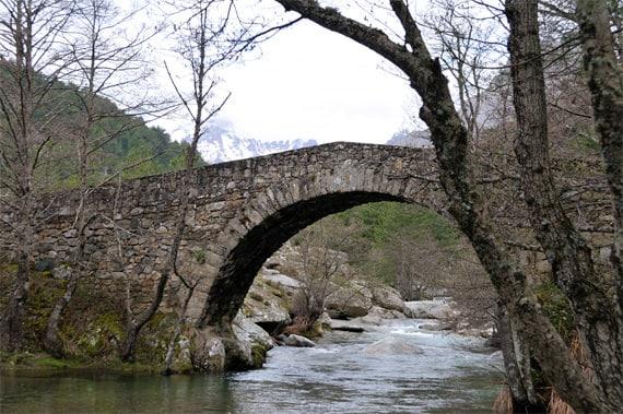 Genuese-bruggen-voorbeeld-2
