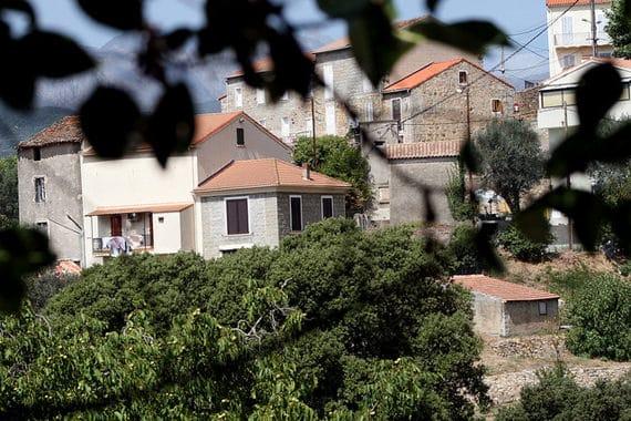 Gites-op-Corsica-in-het-dorp