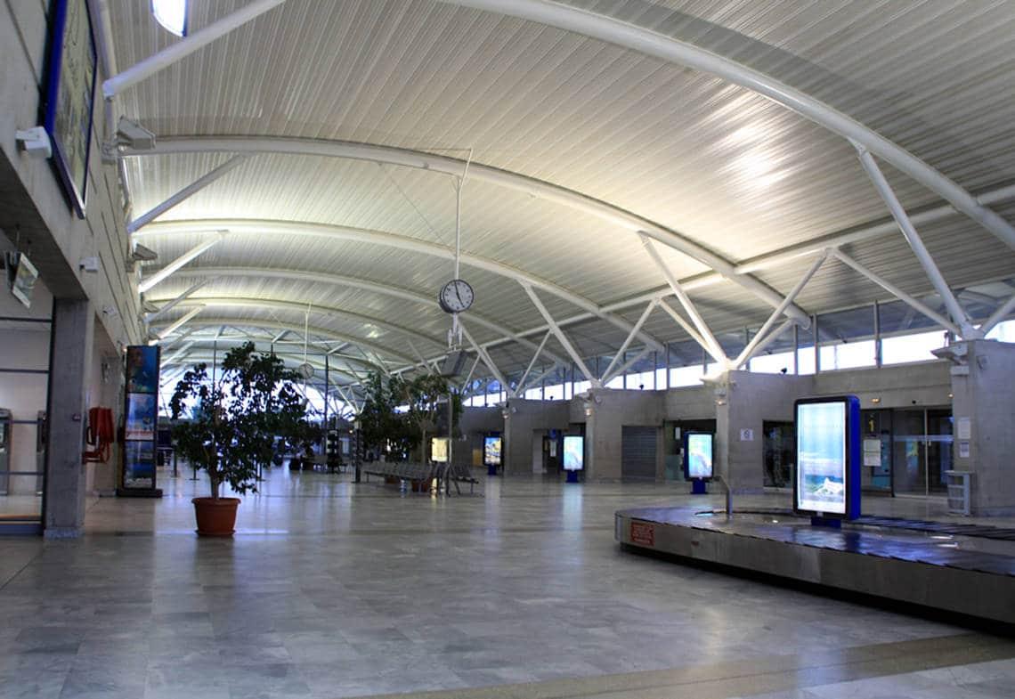 Hal-op-Figari-Airport