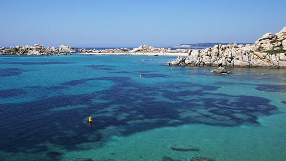 Iles-Lavezzi-Zuid-Corsica-strand