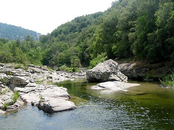 Lopigna-berg-en-water