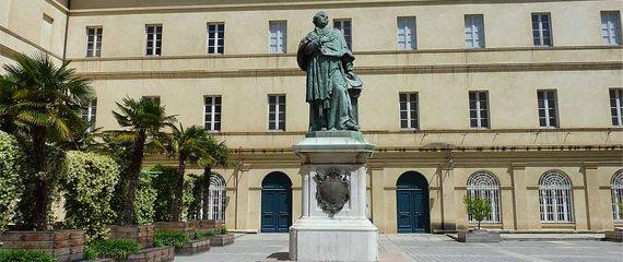 Palais-Fesch-Musee-des-Beaux-Arts