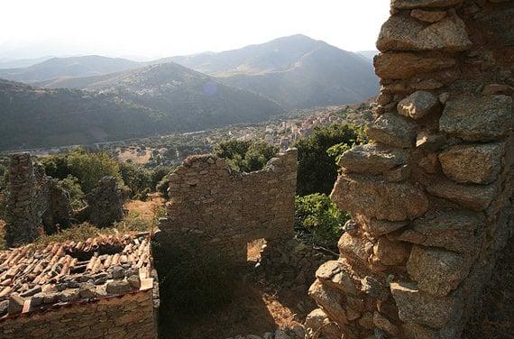 Pietralba-vanuit-de-bergen
