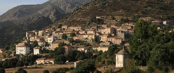 Pietralba
