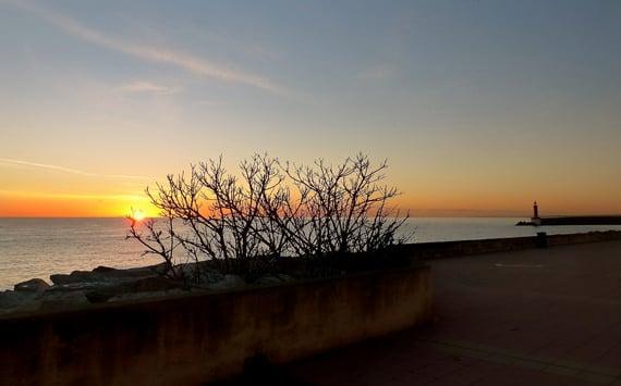 Quai-des-Martyrs-de-la-Liberation-Bastia-Corsica-in-de-avond