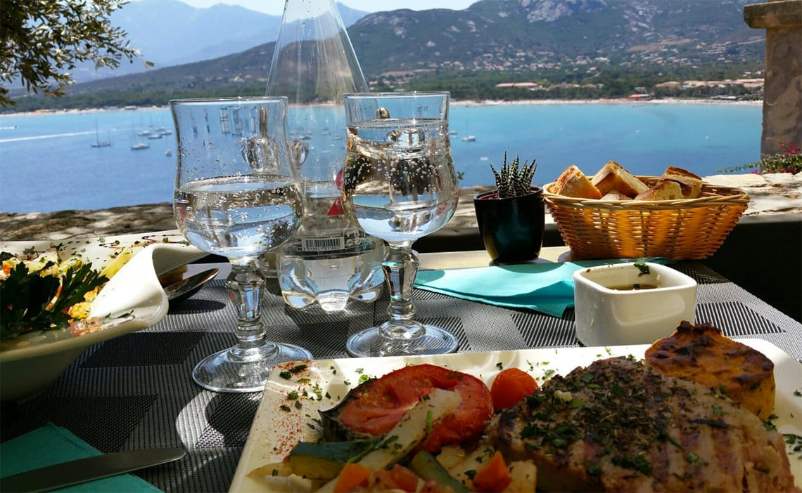 Restaurant-A-Candella-Calvi-diner-met-uitzicht