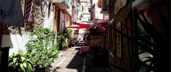 Rue-de-Bonaparte-Porto-Vecchio-Corse