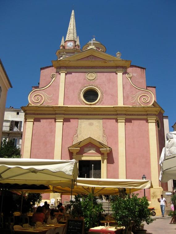Sainte-Marie-Majeure-Calvi-met-markt-2