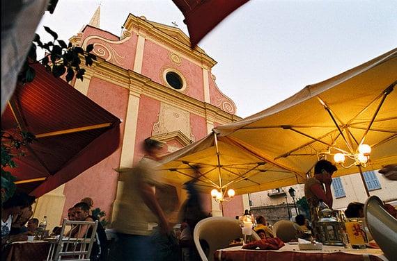 Sainte-Marie-Majeure-Calvi-met-markt