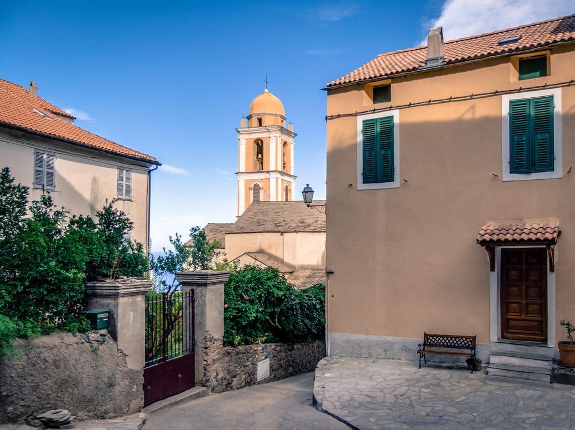 Santa-Maria-Poggio-straatje