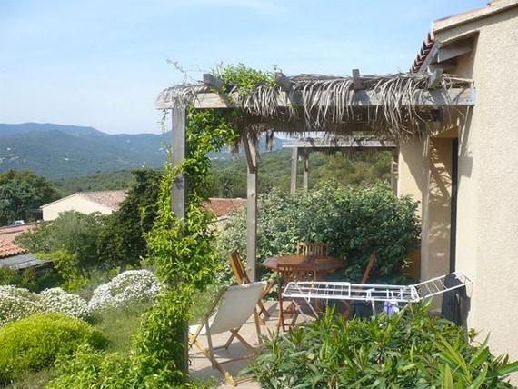 Serra-Di-Ferro-Vakantiepark--Alba-Rossa---terras