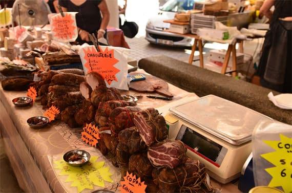 Vleeskraam-Corsica-markt