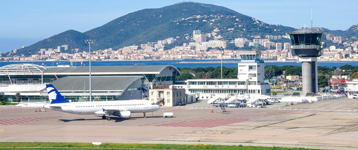 Zoek-een-goedkope-vlucht-naar-Bastia