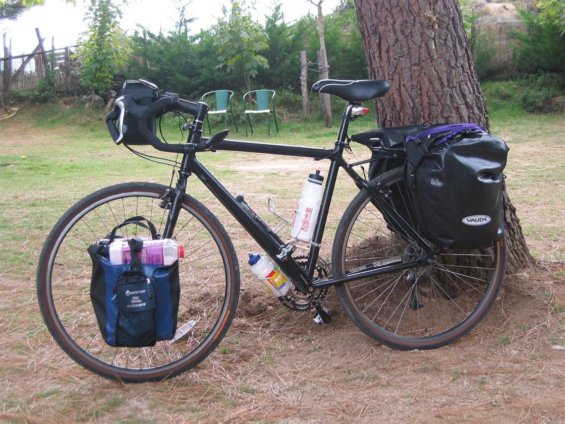 15-daagse-fietsvakantie-door-Corsica-met-Sawadee-bepakte-fiets