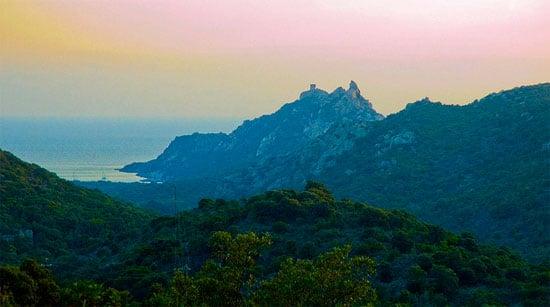 Bergen-op-Corsica-in-Frankrijk