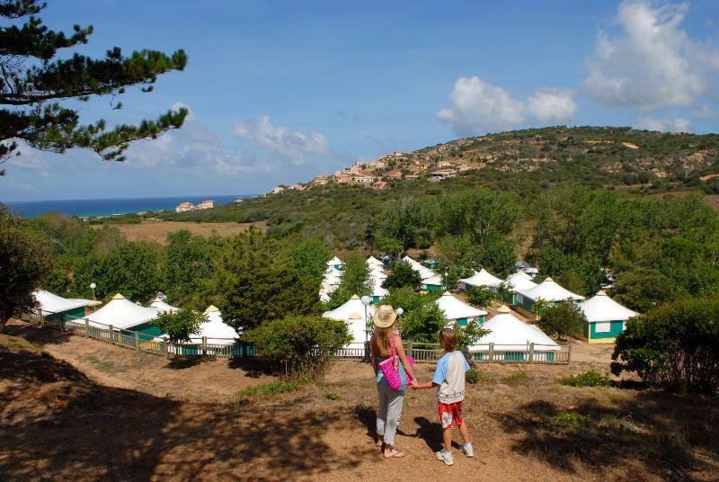 Camping-L'Avena-Corsica-overzicht-vanaf-de-berg