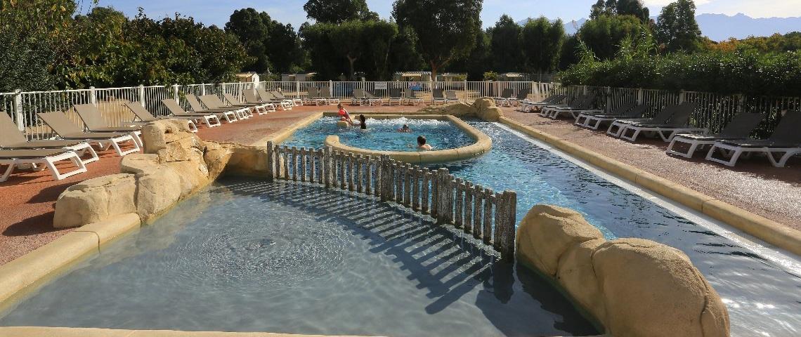 Camping-La-Pinede-Corsica-zwembad-2