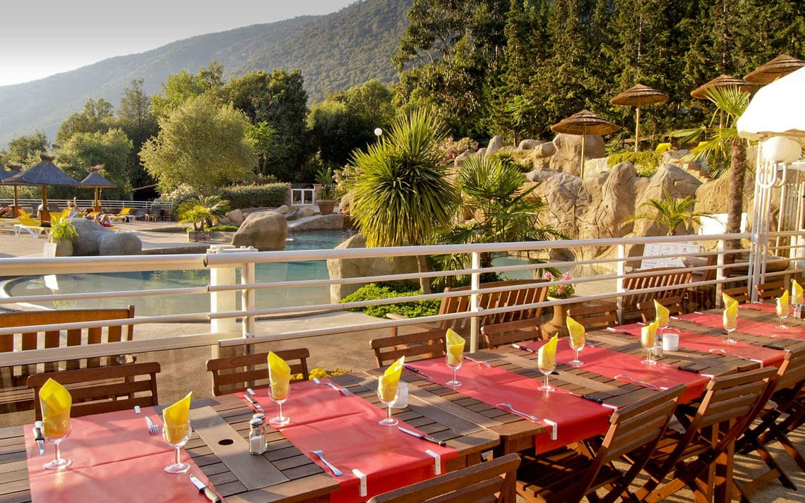 Camping-Les-Oliviers-Corsica-restaurant