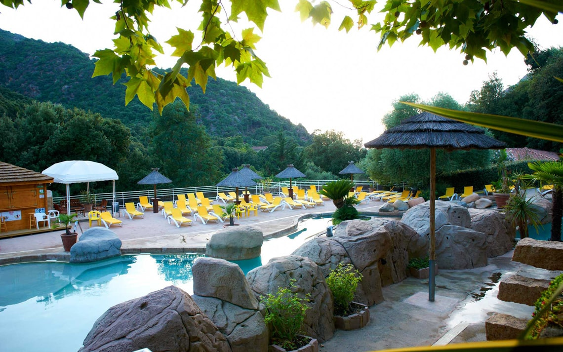 Camping-Les-Oliviers-Corsica-zwembad