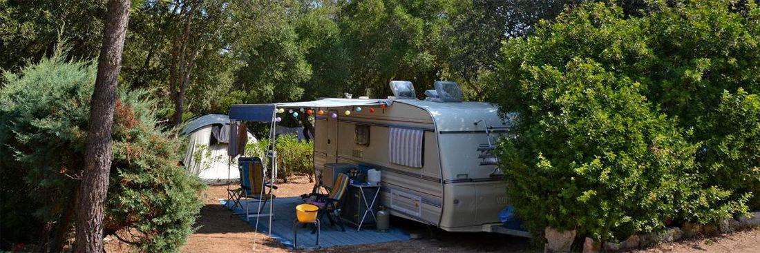 Camping-Pertamina-Village-U-Farniente-in-Bonifacio-kampeerplek