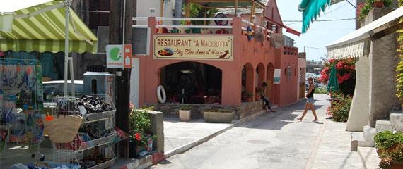 Centuri-winkelstraat-Corsica