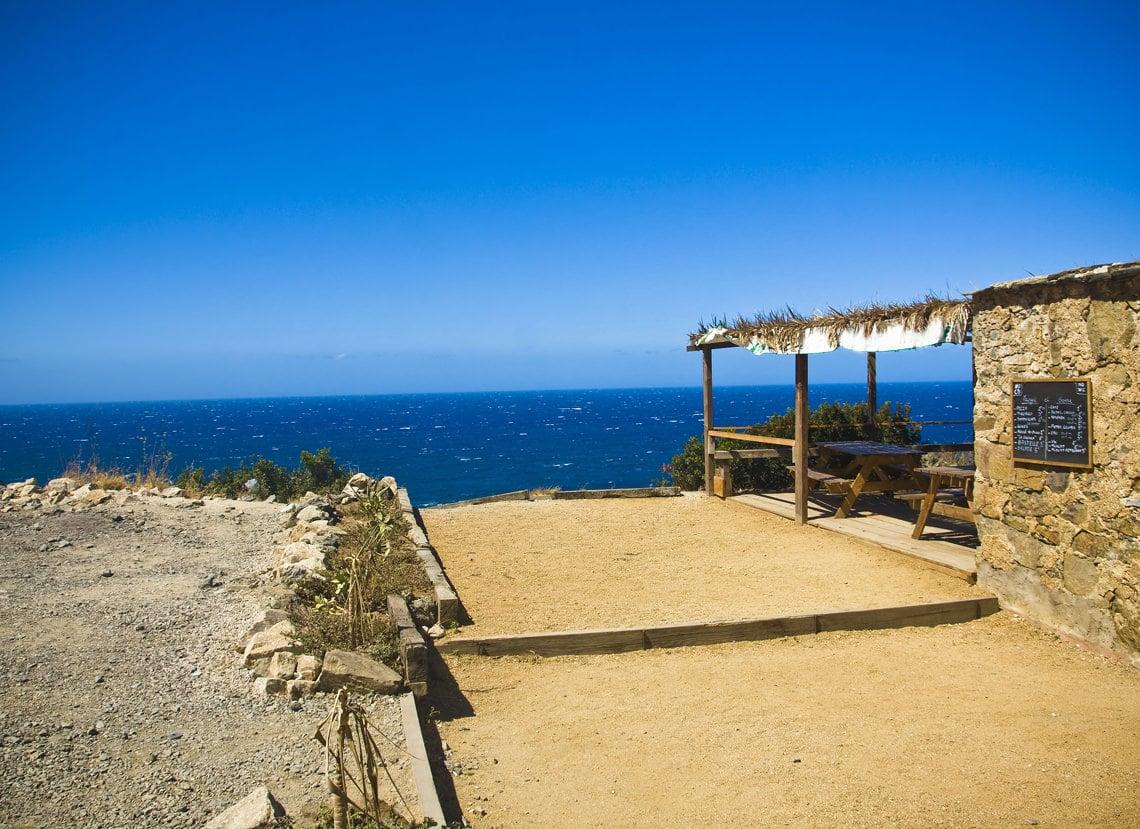 Het-weer-op-Corsica-in-juli-strandtent