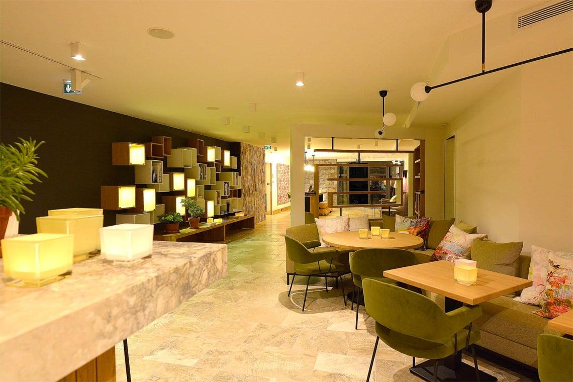 Hotel-dominique-colonna-corte-lobby-receptie