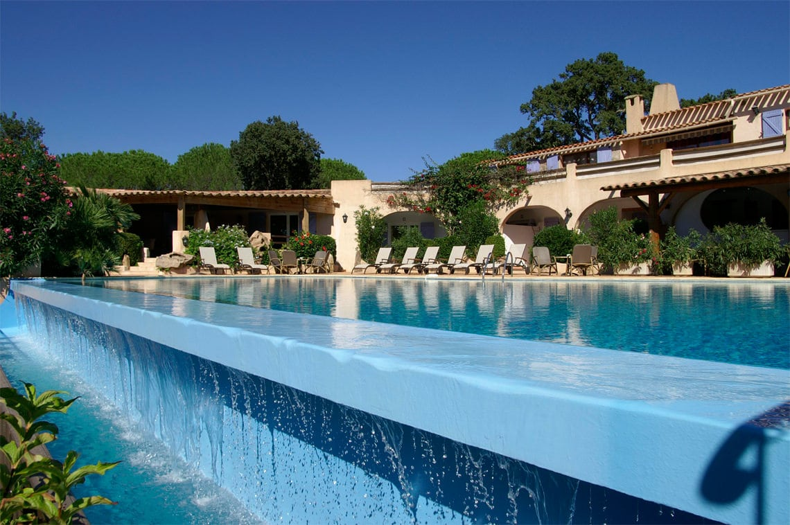 Hotel-in-Corsica-Palombaggia