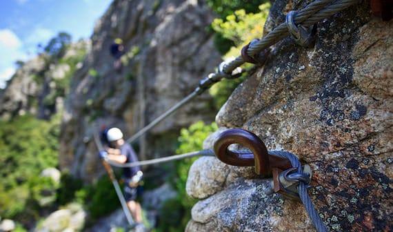 IJzers-in-de-berg-van-Corsica