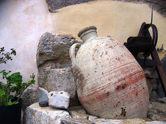 Kunst-potten-Corbara-Strada-di-l-Artigiani