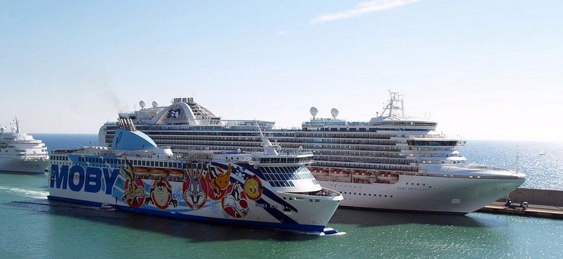 Met-de-veerboot-van-Piombino-naar-Corsica-2