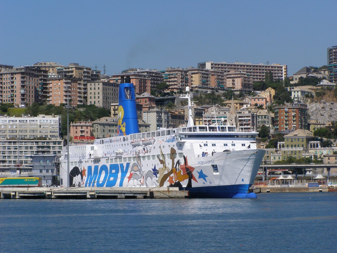 Moby-Lines-in-haven-Genua