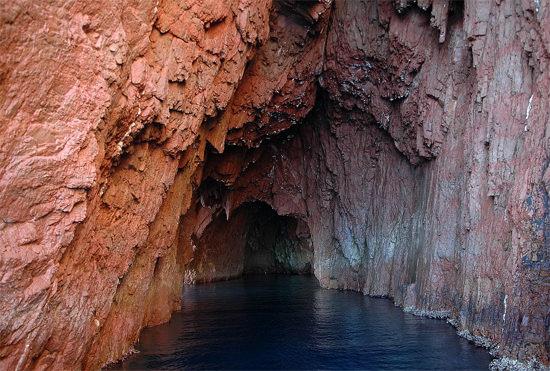Natuurreservaat-Scandola-grot