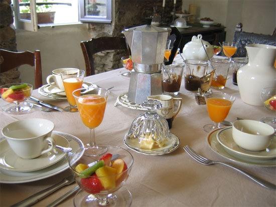 Ontbijt-hutten-herbergen-chambres-dhotes-op-Corsica