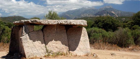 Ruines-in-Zuid-Corsica-bij-Filitosa