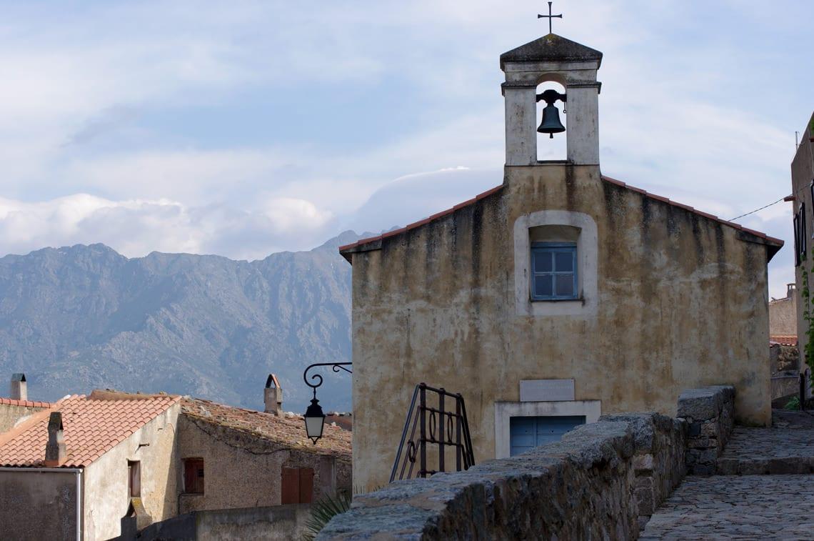 Sant-Antonino-Corsica-de-kerk