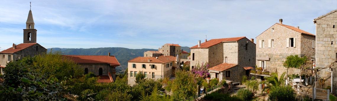 Sollacaro-dorp-panorama-foto
