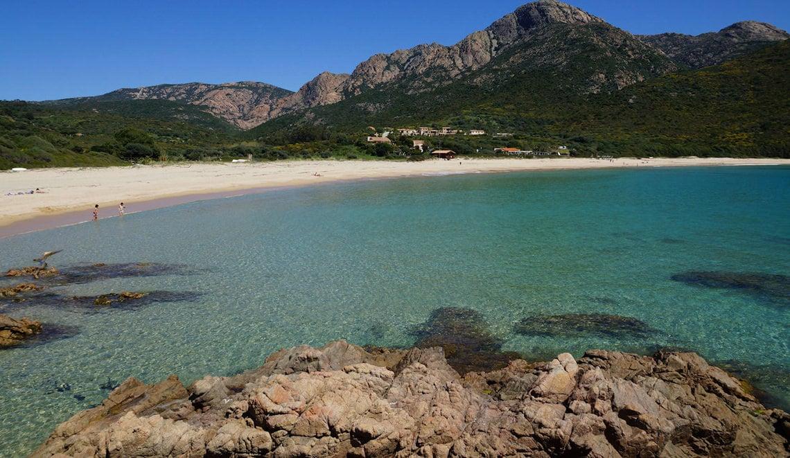 Strand-d-Arone-in-Piana-Corsica