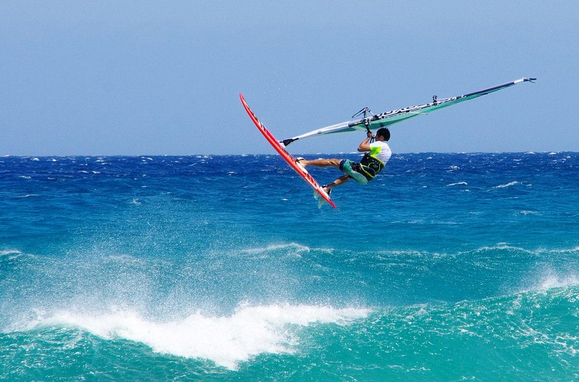 Surfen-op-Corsica-alle-tips-op-een-rij