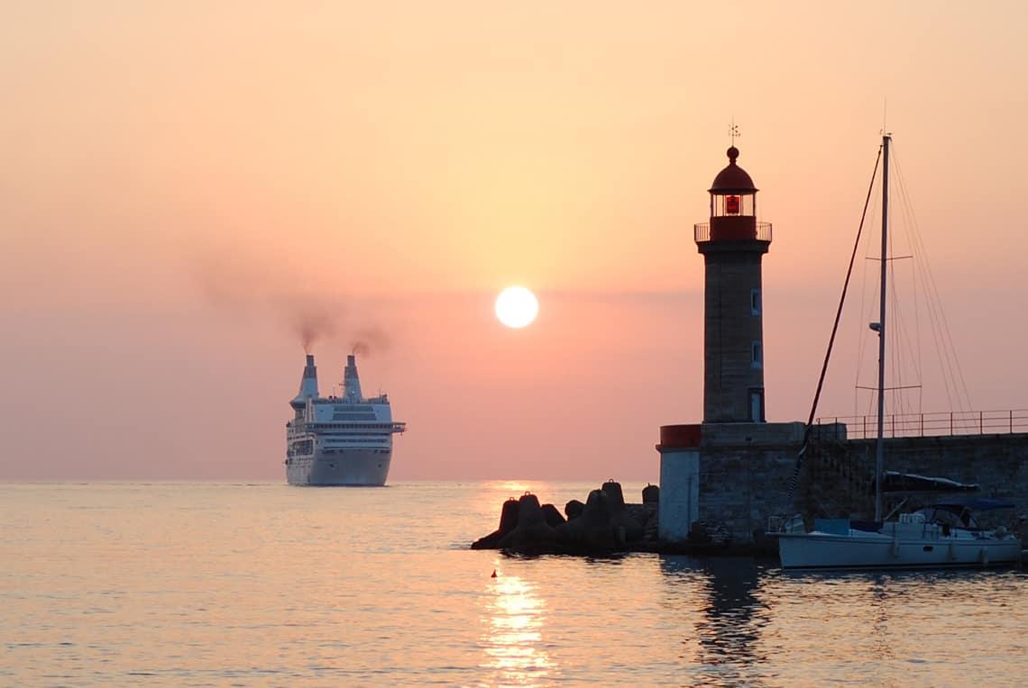 Vieux-Port-Bastia-veerboot
